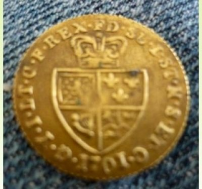 foto de What Is This Coin ? Is It Gold Guinea Or Token ? 1701 ? - Coin ...