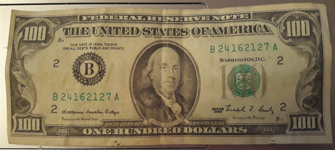 one 1 of the 3 1988 $100 Dollar bill small head Franklin uncirculated MT nice